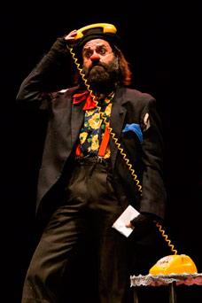 Imagen de actuación de 'Cucko'